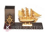 Picture of Porta Lápis Barco Dourado